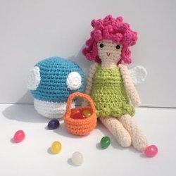 Crochet Mushroom Keychain Amigurumi Free Pattern - DIY Magazine | 250x250