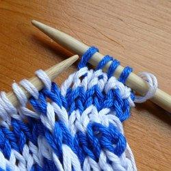 comment tricoter avec plusieurs couleurs