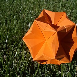 Modular Origami - spiky balls and stellated polyhedra models ... | 250x250