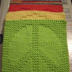 99a131be229318 25 Free Beginner Knitting Patterns. Pattern  Dragon. A Knitting Mountain   Peace Washcloth Pattern